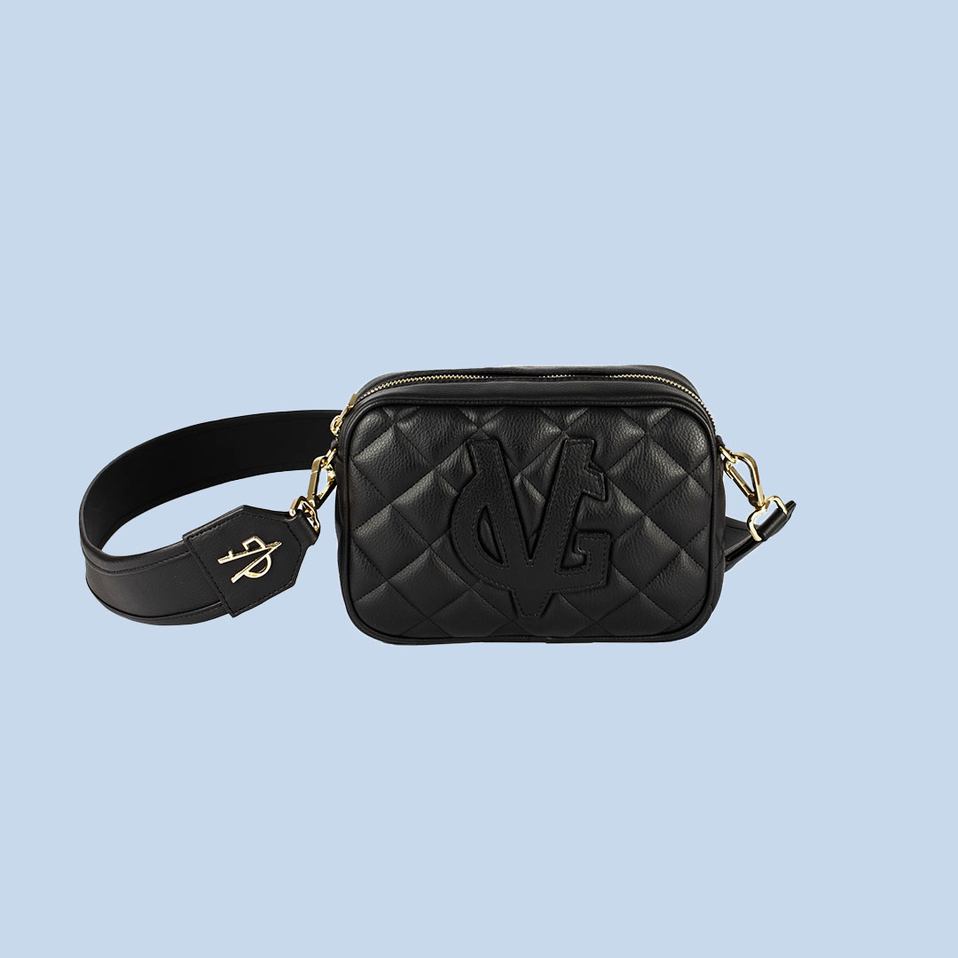 VG Small black quilted soap bag