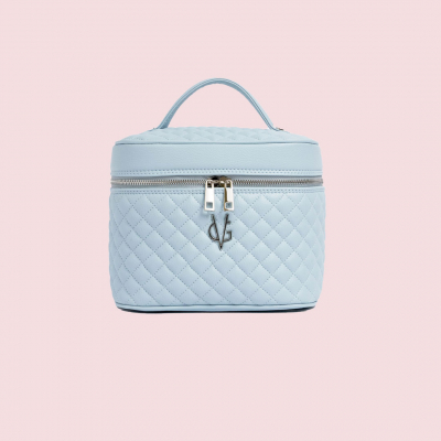 VG Dusty blue quilted beauty case with mirror